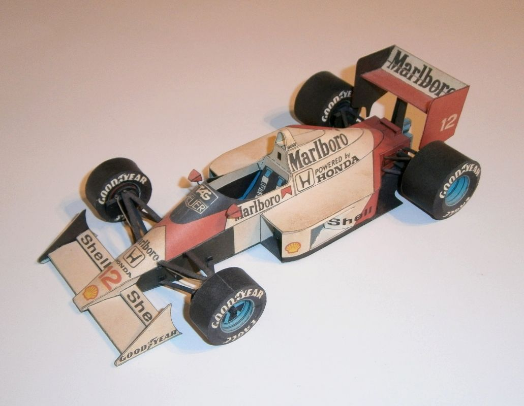 ABC - McLaren MP4-4 - A.Senna 1988