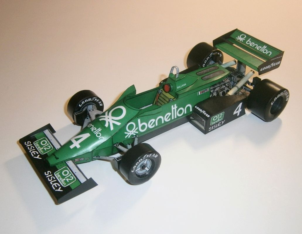 Tyrrell 011B - Danny Sullivan 1983